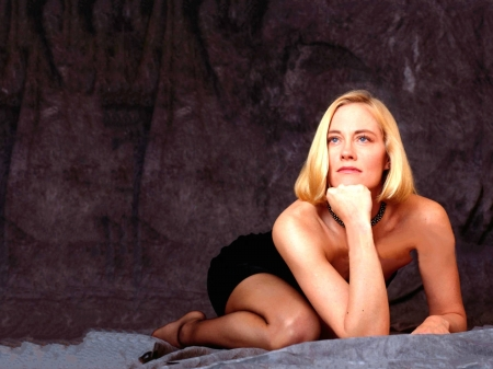 Cybill Shepherd - leg, dress, model, Shepherd, black, beautiful, sexy, stockings, actress, pantyhose, Cybill Shepherd, wallpaper, 2020, Cybill