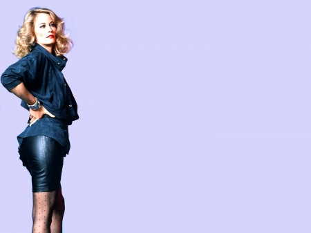 Cybill Shepherd - legs, model, Shepherd, skirt, beautiful, sexy, stockings, leather, actress, jacket, Cybill Shepherd, wallpaper, 2020, Cybill