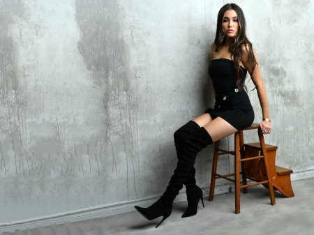 Madison Beer - dress, boots, model, black, Beer, beautiful, stool, singer, Madison Beer, Madison, actress, wallpaper, 2020, hot