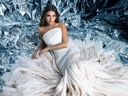 Madison Beer - dress, model, gown, Beer, beautiful, sexy, silver, singer, Madison Beer, Madison, actress, wallpaper, 2020, hot, white