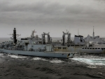 WORLD OF WARSHIPS FRENCH FRIGATE AQUITAINE AND RN TYPE 23 HMS NORTHUMBERLAND
