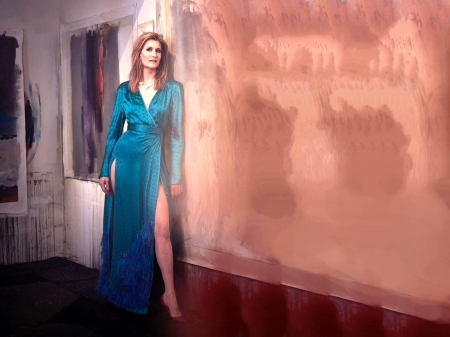 Laura Dern - leg, Laura Dern, dress, model, gown, beautiful, sexy, heels, stockings, actress, wallpaper, 2020, Dern, blue, Laura