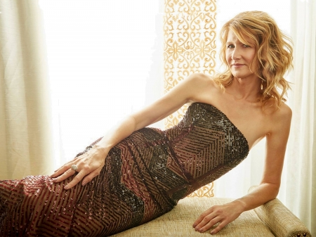Laura Dern - beautiful, Dern, Laura, Laura Dern, dress, model, hair, actress, wallpaper, 2020, settee, hot