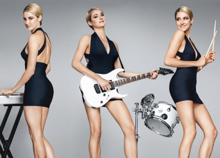 Shailene Woodley - dress, instrument, actress, girl, model, black, Shailene Woodley, woman, blonde