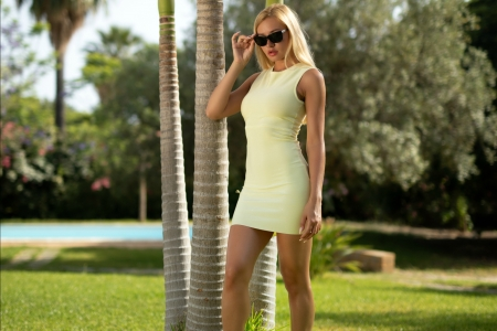 Fabiana Looking Mysterious - sunglasses, blonde, dress, model