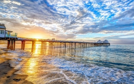 Sunrise on Malibu Beach - sunrise, America, pier, beach, ocean, clouds