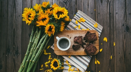 Summertime breakfast - photography, food, brownie, coffee, drink, sunflower, breakfast, still life, wallpaper, summer