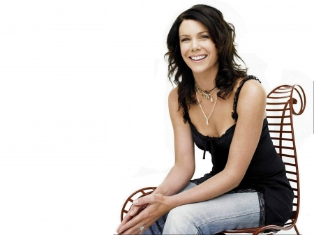 Lauren Graham - Lauren Graham, model, Lauren, beautiful, smile, blouse, jeans, actress, wallpaper, Graham, 2020, hot, chair