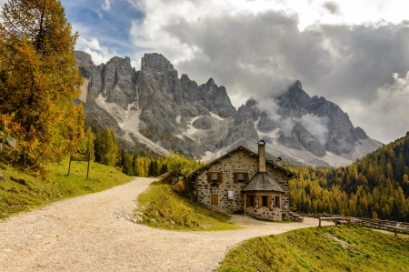 italy park - house, park, road, clouds