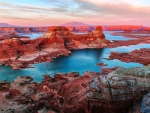 Lake Powell between Utah and Arizona