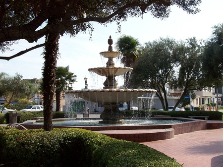 Naples Island Fountain - photography, water, fountains, naples