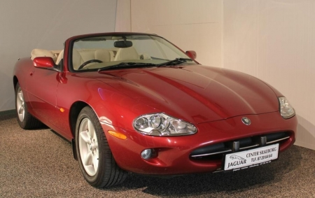 1998 Jaguar XK8 ..4 litre V8 Convertible - v8, jaguar, xk8, red, beauty, convertible