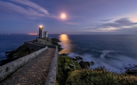 Lighthouse in France - France, moon, sea, lighthouse, night