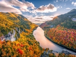 Peak fall colors in the Adirondack Mountains, NY