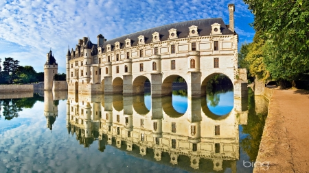 French Architecture - architecture, photography, water, france, HD, perfect, reflection, sky, provence
