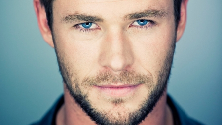 Chris Hemsworth - blue eyes, actor, Chris Hemsworth, handsome, man, face