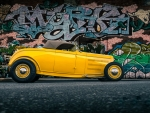 Mellow Yellow '32 Ford Roadster Convertible
