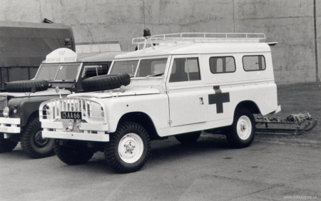 land rover series 2 military ambulance - ambulnce, military, land, rover