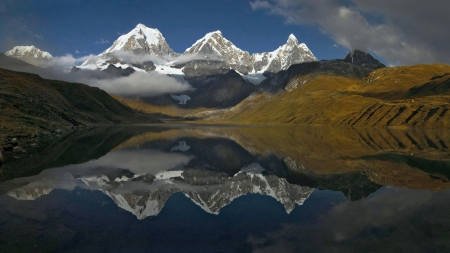 Early morning in Cordillera Huayhuash, Peru - peaks, reflections, landscape, lake, sky