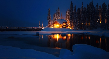 Emerald lake at night - Emerald, lodge, cabin, beautiful, trees, winter, lake, Yoho, mountain, calm, snow, national park, reflection, light