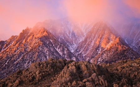 Gorgeous sunset at Alabama Hills, California