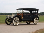 1913 Packard Six Touring