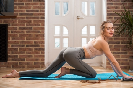 Model - Model, pants, womem, yoga