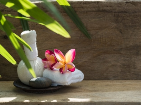 Spa - set - Bamboo leaves, Plumeria, Flower, Towels