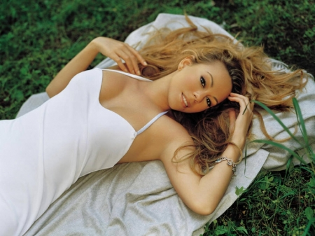Mariah Carey - Beauty, Blondes, Mariah Carey, Blonde