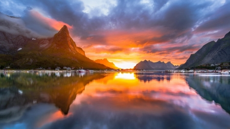 Midnight Sun, Lofoten, Norway - mountains, sea, rocks, stones, sun, reflections, scandinavia