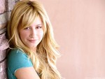 ashley-tisdale.