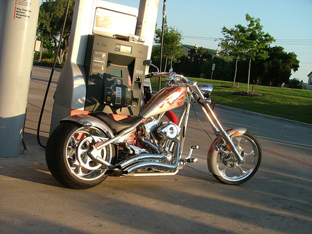 Running On Empty, Running Hard.............. - choppers, harley davidson, motorcycles
