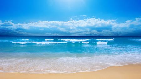 Small Wave (HDTV) 1080p - hd 1080p, blue, hdtv 1080p, wave, beach