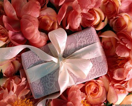 Petals and lace - present, rose petals, ribbon, flowers, gift