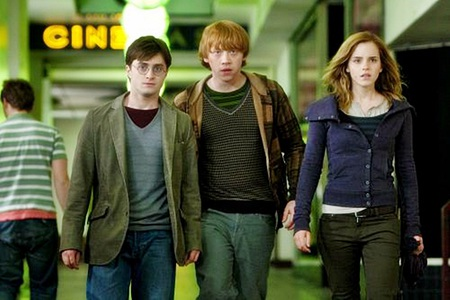 Harry Potter and the deathly hallows - daniel radcliffe, magic, harry potter
