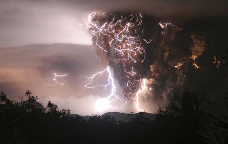 Lightning Bolt Vs The Volcano Forces Of Nature Nature Background Wallpapers On Desktop Nexus Image 30242