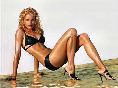 Rebecca_Romijn - model, rebecca-romijn, people, hot, woman, famale, actresses