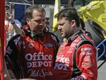 Darian Grubb with Tony Stewart