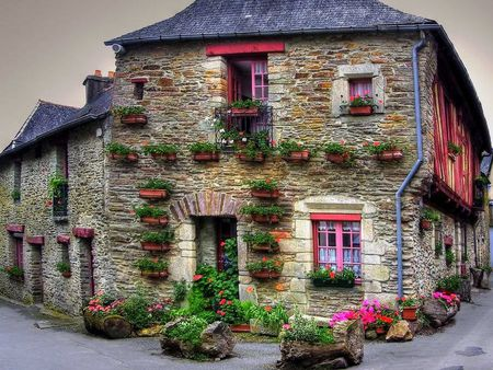 Beautiful House - architecture, colorful, house, beautiful, nice, splendor, flowers, beauty, way, pink, road, pink flowers, lovely, view, houses, buildings, colors, sky, building, peaceful, nature, alley