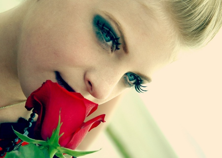Lovely face - pretty, rose, beautiful, woman, sweet, red rose, nice, people, flowers, beauty, face, other, cut, lovely, blonde, roses, lips, lovely face, girl, sad, flower, nature, eyes