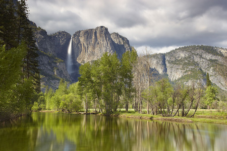 Beautiful Yosemite - peaceful, wonderful, natural, foam, pines, paysage, land, lakes, tranquile, sky, water, scene, photoshop, yosemite, cool, peaks, photography, widescreen, panorama, mirror, mounts, pond, gourgeous, colors, trees, nature, waterfall, yellow, cena, colorful, white, grays, rivers, amazing, background, branches, mighty, calm, rocks, national park, falls, scenery, clouds, stones, scenario, grass, grasslands, paisage, paisagem, cenario, desktop, multicolor, plants, landscape, lagoons, blue, nice, surf, mountains, wallpaper, beauty, beautiful, valley, trunks, green, cascades, declives, view, shadows, photo