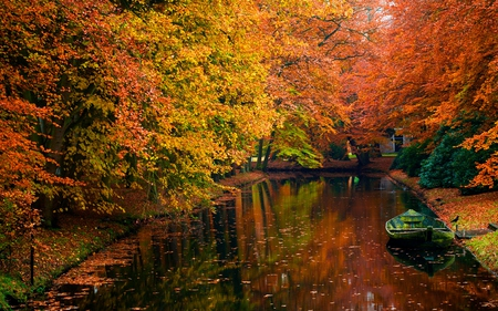 Autumn - colorful, peaceful, tranquility, cano, amazing, bird, forest, park, autumn, calmness, color, water, fall, reflection, leaves, photography, serenity, still water, lake, stream, magic, tree, pretrty, red, lanscape, boat, landscape, autum, colors, splendor, nice, trees, boats, nature, beautiful, lovely, foliage, riwer, river, canal, falling, view, autumn colors, shore