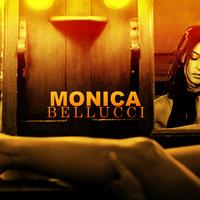 Monica Bellucci hot