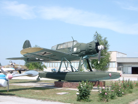 Arado AR-196 - war, german, germany, arado, ww2, luftwaffe, seaplane