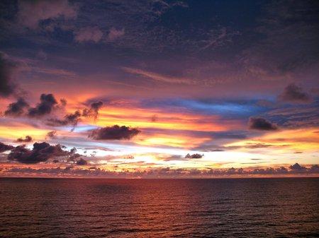 Amazing Sunset - colour, blue, sky, water, sun, yellow, evening, orange, clouds, sea