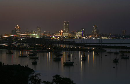 Milwaukee shore