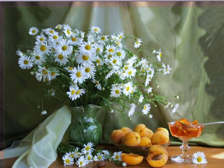 Daisies And Apricots - cut, table, spoon, fresh, vase, spring, daisies, sheers, dish, green, jello, garden, apricots, bowl