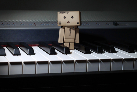 Danbo On The Piano - danbo, piano, robot, box