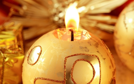 Candle - candles, christmas, photography, golden, garland, decorations, new year, cute, lovely, holidays