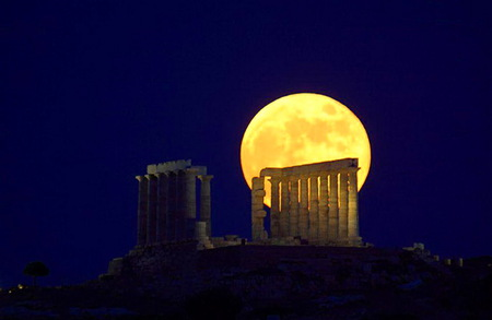 Greecian moon - ruins, yellow, night, greece, dark sky, full moon